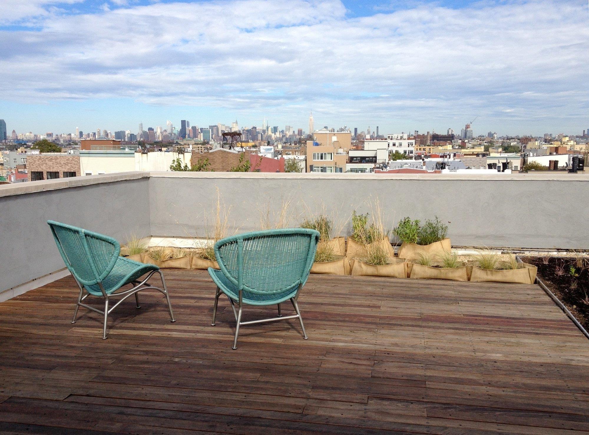 Comment Faire Une Terrasse En Resine comment construire une terrasse sur un toit plat