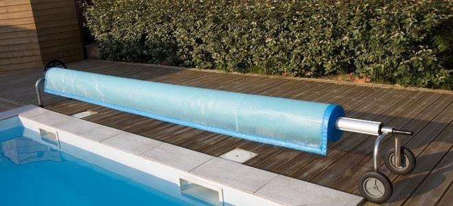 Comment fabriquer vos propres couvertures de piscine creusée