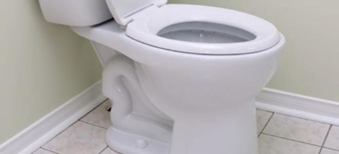 Comment installer une toilette