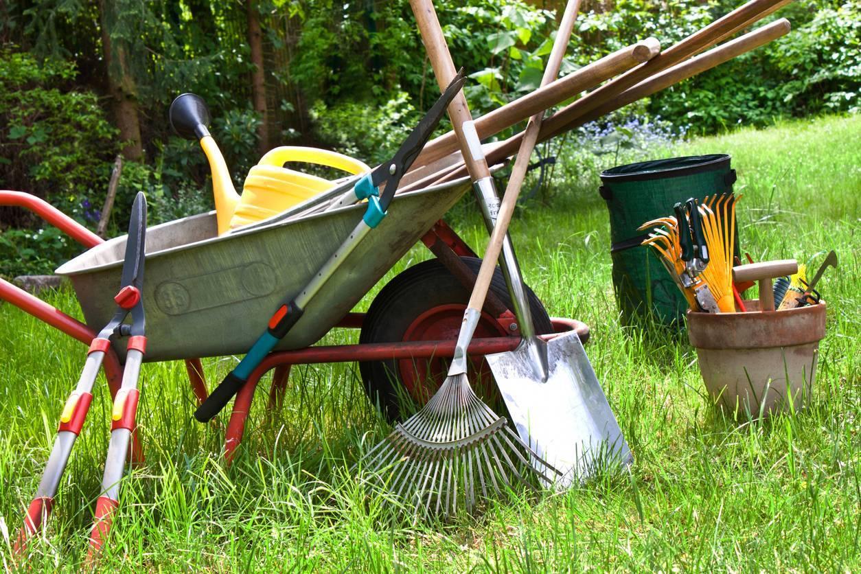 acheter outillage de jardinage et de bricolage