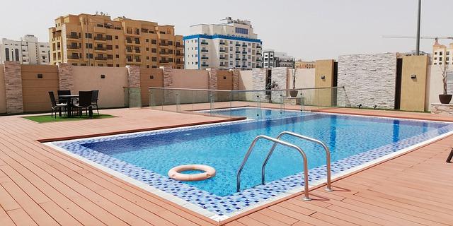 Pourquoi acheter une piscine rectangulaire