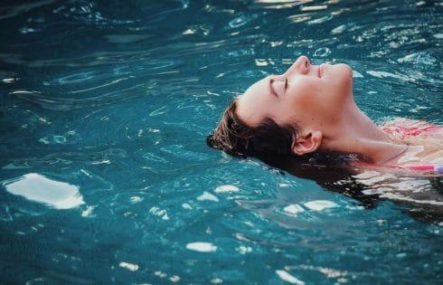 Les astuces pour profiter de sa piscine en hiver