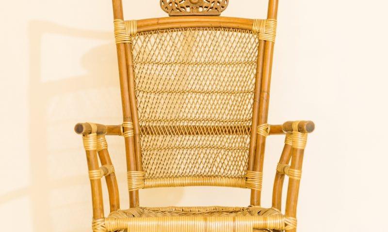Choisir des chaises cannées