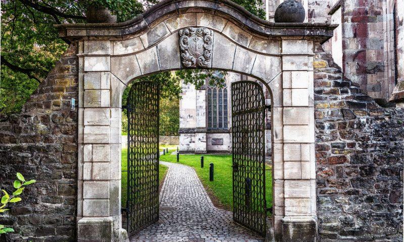 Choisir un portail motorisé : quels avantages ?