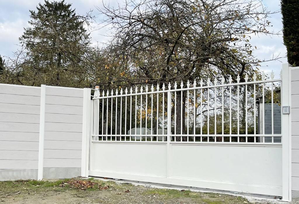 un portail en acier pour sublimer votre jardin