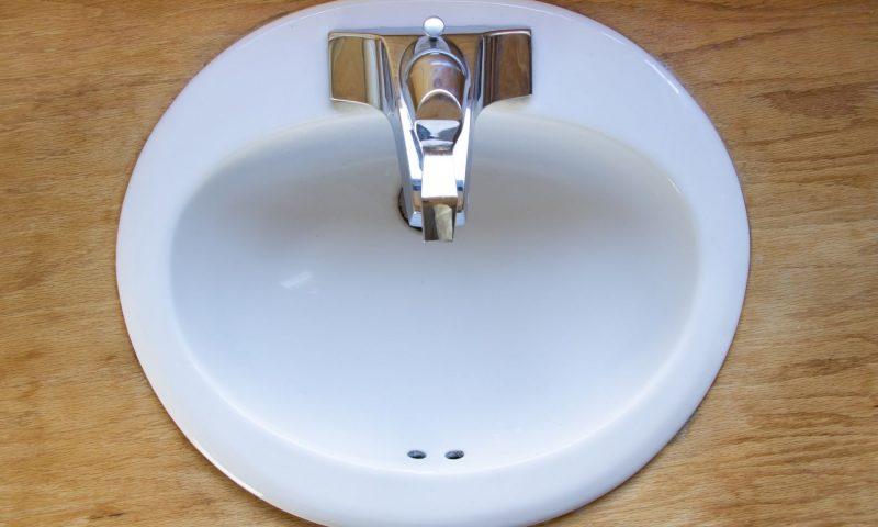 Comment poser une vasque de salle de bain ?